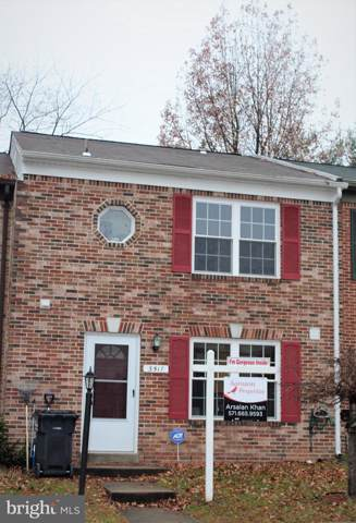 3517 Legere Court, WOODBRIDGE, VA 22193 (#VAPW484132) :: The Licata Group/Keller Williams Realty