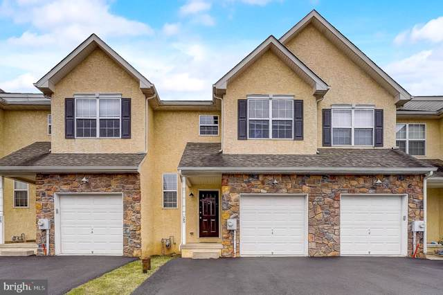 25 Prince Drive, NORRISTOWN, PA 19403 (#PAMC634978) :: ExecuHome Realty