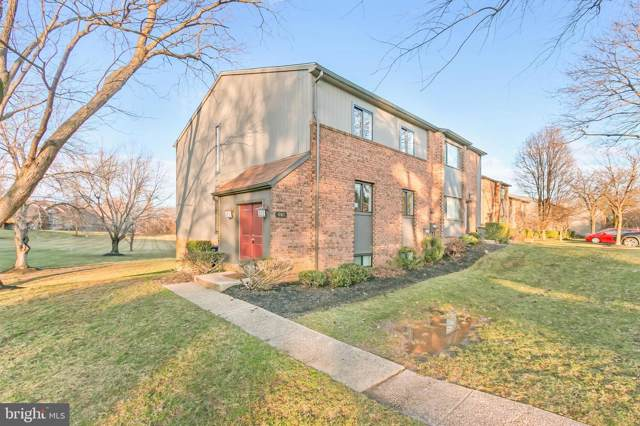 601 Old Crossing Road, PIKESVILLE, MD 21208 (#MDBC482812) :: The Vashist Group