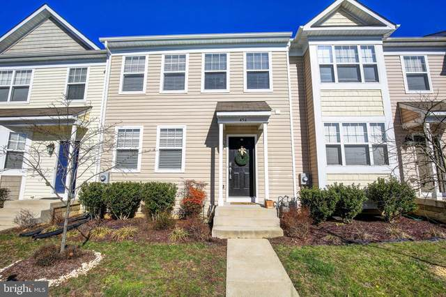 456 English Oak Lane, PRINCE FREDERICK, MD 20678 (#MDCA174354) :: Seleme Homes