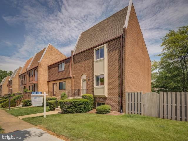 1719 Tyvale Court, VIENNA, VA 22182 (#VAFX1108494) :: HergGroup Greater Washington