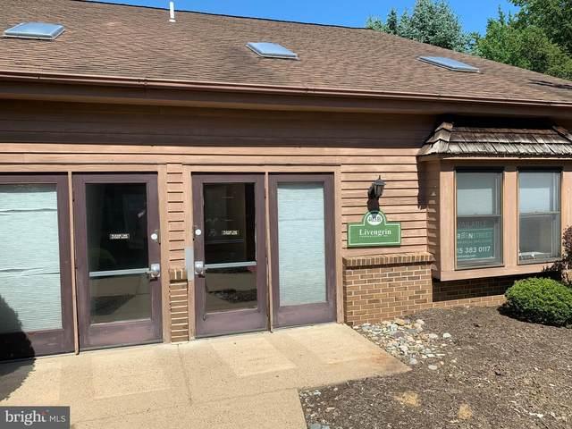 1609 Woodbourne Road 403B, LEVITTOWN, PA 19057 (#PABU488732) :: Bob Lucido Team of Keller Williams Integrity