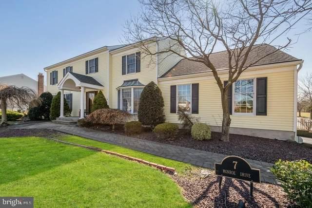 7 Monroe Drive, PRINCETON JUNCTION, NJ 08550 (#NJME291620) :: Larson Fine Properties
