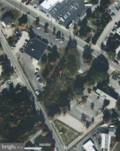 555 E Bay Avenue, MANAHAWKIN, NJ 08050 (#NJOC395954) :: Talbot Greenya Group