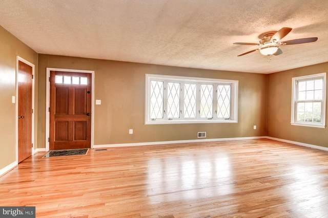 5105 Wolfe Drive, HUGHESVILLE, MD 20637 (#MDCH211890) :: The Maryland Group of Long & Foster Real Estate