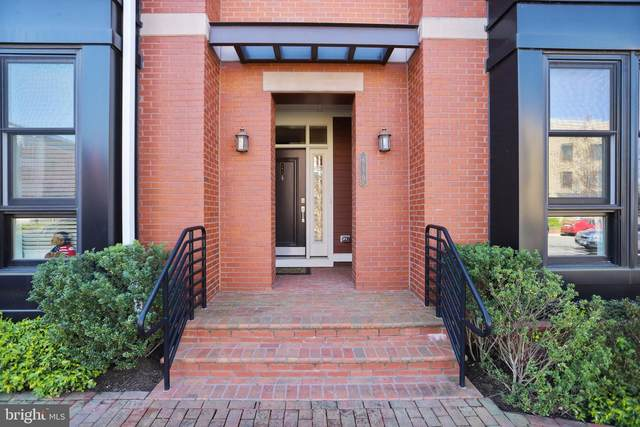619 E Howell Avenue #101, ALEXANDRIA, VA 22301 (#VAAX244598) :: Cristina Dougherty & Associates