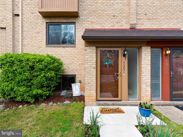 7351 Kerry Hill Court, COLUMBIA, MD 21045 (#MDHW277614) :: The Miller Team