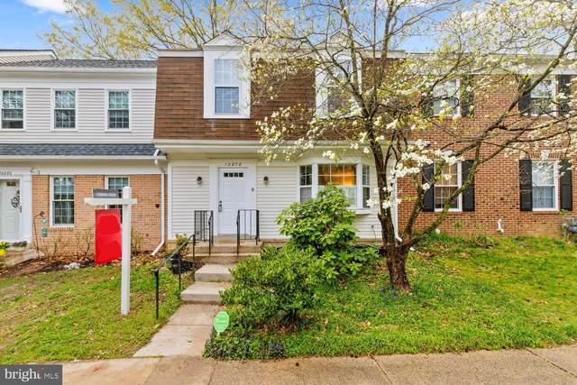 10878 Oak Green Court, BURKE, VA 22015 (#VAFX1121480) :: Jennifer Mack Properties