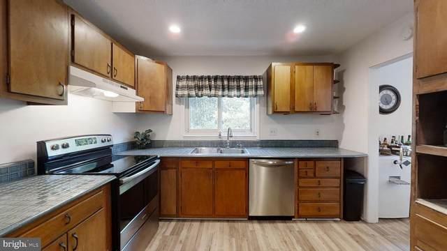 5755 Walcott Avenue, FAIRFAX, VA 22030 (#VAFX1122558) :: The Licata Group/Keller Williams Realty