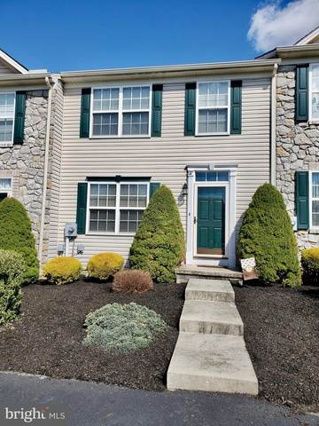 17 Buttonwood, YORK, PA 17406 (#PAYK137346) :: Sunita Bali Team at Re/Max Town Center
