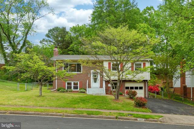 14477 Duran Drive, WOODBRIDGE, VA 22193 (#VAPW494870) :: The Licata Group/Keller Williams Realty