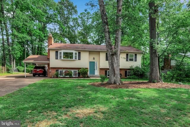 8132 Bard Street, LORTON, VA 22079 (#VAFX1129452) :: Debbie Dogrul Associates - Long and Foster Real Estate