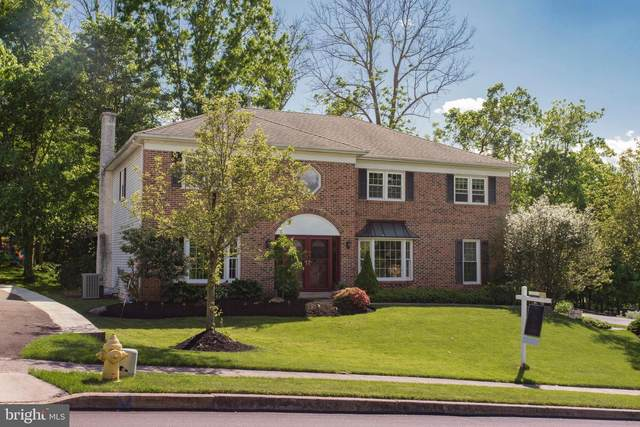 2055 Country Club Drive, DOYLESTOWN, PA 18901 (#PABU497262) :: Linda Dale Real Estate Experts