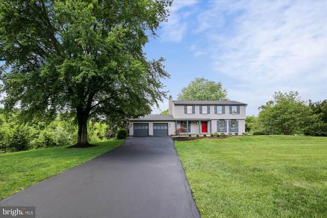 10627 Runaway Lane, GREAT FALLS, VA 22066 (#VAFX1132600) :: Great Falls Great Homes