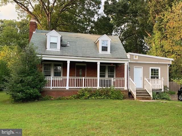 9036 Lee Highway, FAIRFAX, VA 22031 (#VAFX1133898) :: Debbie Dogrul Associates - Long and Foster Real Estate