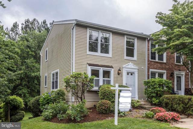 2037 Brooks Square Place, FALLS CHURCH, VA 22043 (#VAFX1134534) :: ExecuHome Realty