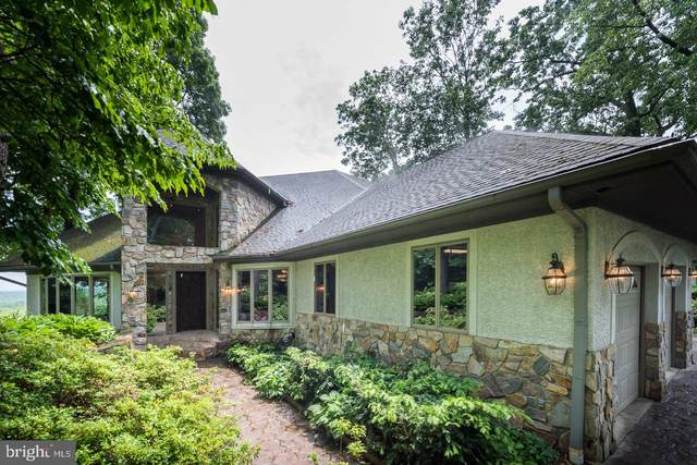 153 Coopers Hawk Lane, LANDENBERG, PA 19350 (#PACT508832) :: The Steve Crifasi Real Estate Group