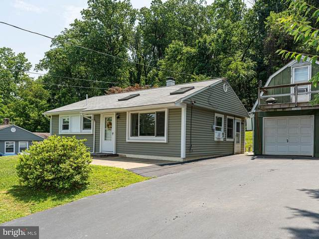 8 Fahnestock Road, MALVERN, PA 19355 (#PACT509840) :: The Toll Group