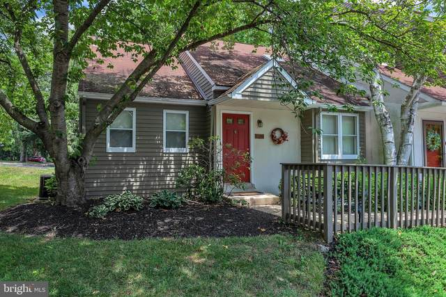 1401 Saint Johnsbury Court, CHESTER SPRINGS, PA 19425 (#PACT510474) :: Keller Williams Real Estate