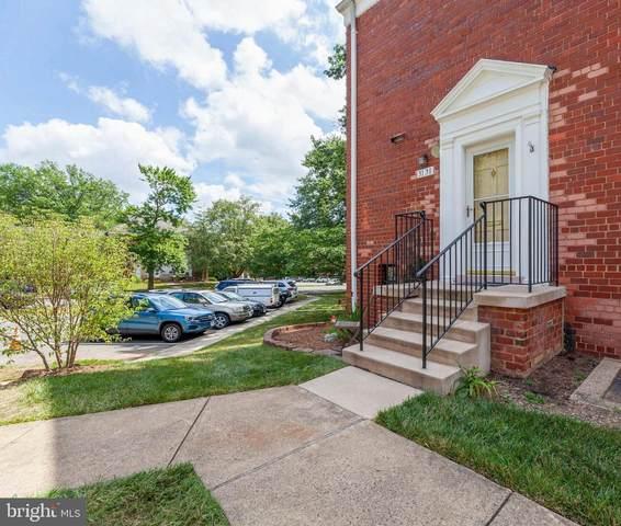 3138 Martha Custis Drive, ALEXANDRIA, VA 22302 (#VAAX248160) :: Jennifer Mack Properties