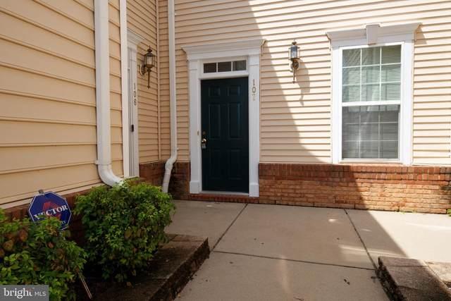 43860 Hickory Corner Terrace #107, ASHBURN, VA 20147 (#VALO415954) :: Debbie Dogrul Associates - Long and Foster Real Estate