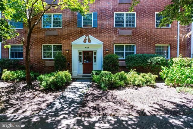 1726 W Abingdon Drive #202, ALEXANDRIA, VA 22314 (#VAAX248384) :: The Riffle Group of Keller Williams Select Realtors