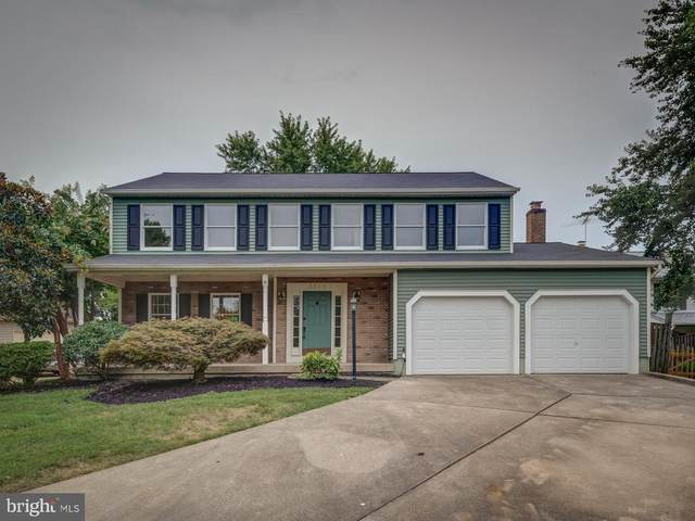5413 Hedgerow Court, CENTREVILLE, VA 20120 (#VAFX1142270) :: Pearson Smith Realty