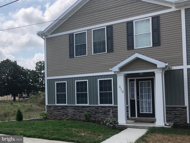 310 C St, CARLISLE, PA 17013 (#PACB126002) :: ExecuHome Realty
