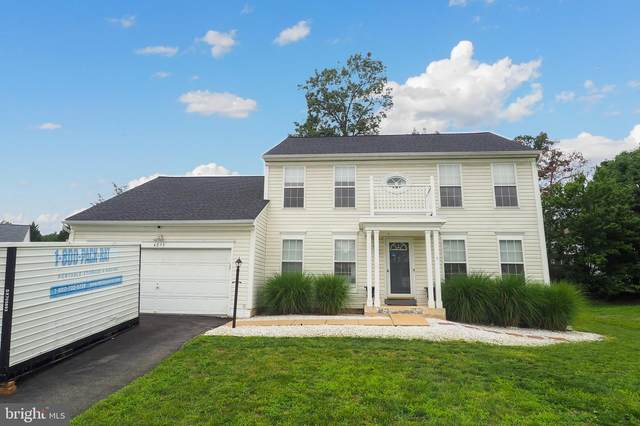 4075 Elkwood Court, WOODBRIDGE, VA 22193 (#VAPW500944) :: Debbie Dogrul Associates - Long and Foster Real Estate