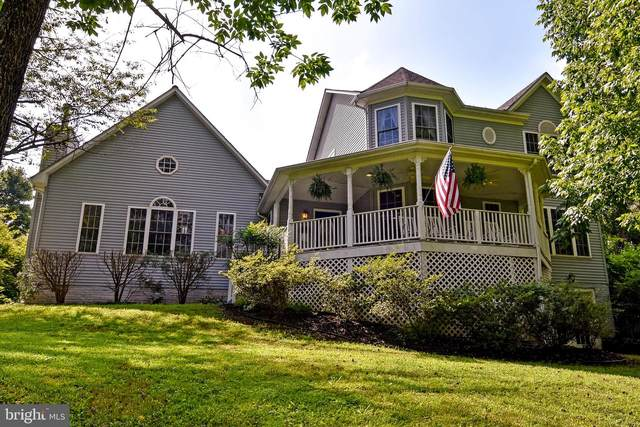 6537 Hidden Hollow Lane, WARRENTON, VA 20187 (#VAFQ166714) :: Dart Homes