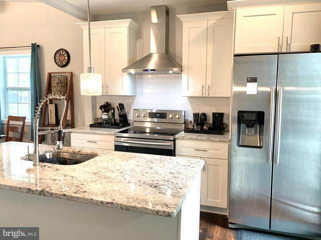 311 Carmody Hills Drive, CAPITOL HEIGHTS, MD 20743 (#MDPG577952) :: John Lesniewski | RE/MAX United Real Estate