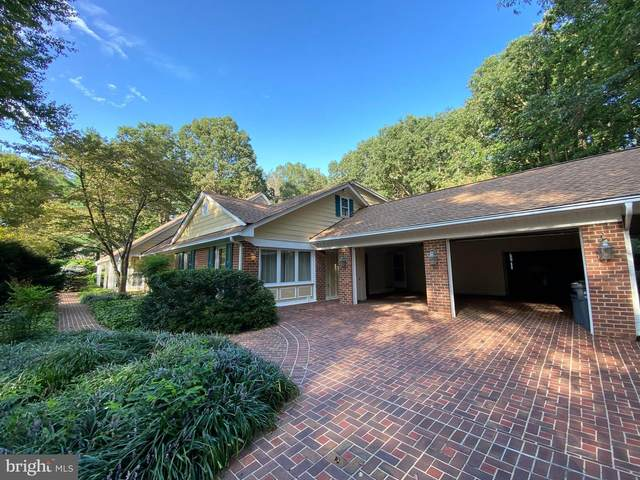 2695 Linda Marie Drive, OAKTON, VA 22124 (#VAFX1149014) :: Debbie Dogrul Associates - Long and Foster Real Estate