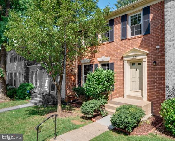 2821 Shawn Leigh Drive, VIENNA, VA 22181 (#VAFX1150126) :: Debbie Dogrul Associates - Long and Foster Real Estate