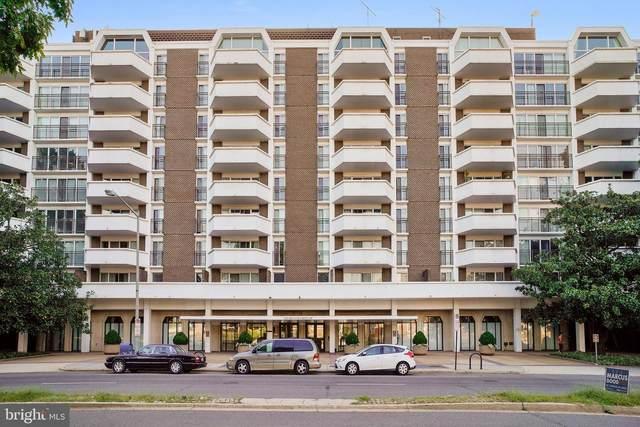 700 7TH Street SW #823, WASHINGTON, DC 20024 (#DCDC484006) :: Jennifer Mack Properties