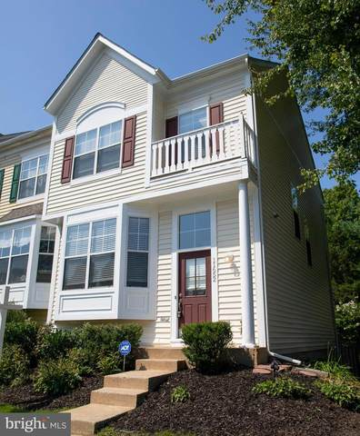 11652 Rumford Court, WOODBRIDGE, VA 22192 (#VAPW503966) :: AJ Team Realty
