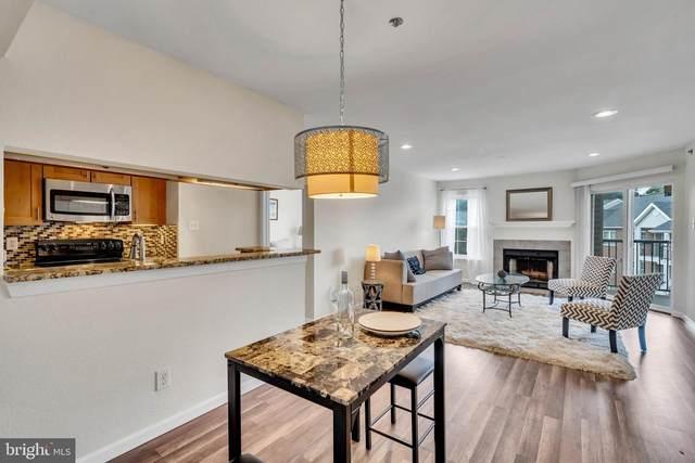 3309 Wyndham Circle #3186, ALEXANDRIA, VA 22302 (#VAAX250882) :: Debbie Dogrul Associates - Long and Foster Real Estate