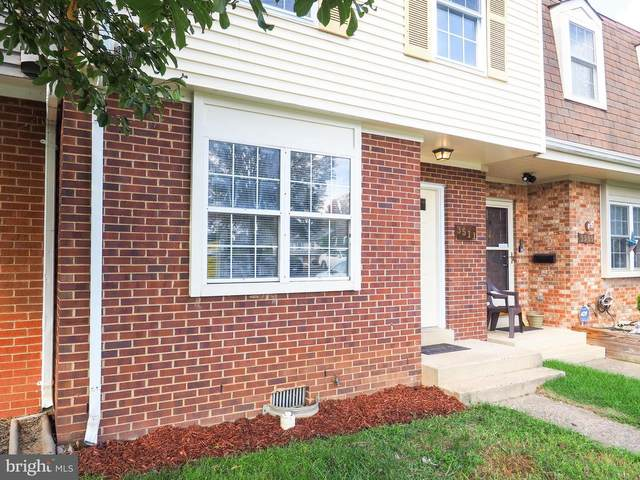 3511 Castle Hill Drive, WOODBRIDGE, VA 22193 (#VAPW504834) :: Advon Group