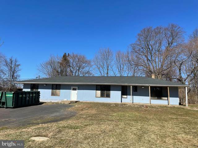 139-A Oxford Valley Road A, LANGHORNE, PA 19047 (#PABU507148) :: LoCoMusings