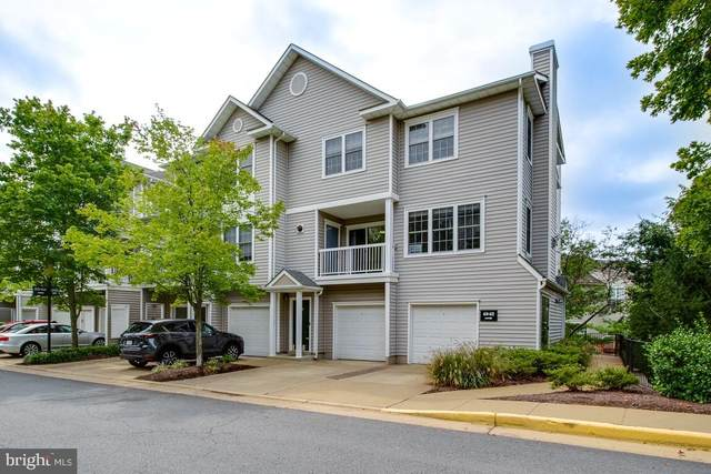 4634 Superior Square, FAIRFAX, VA 22033 (#VAFX1156170) :: Debbie Dogrul Associates - Long and Foster Real Estate