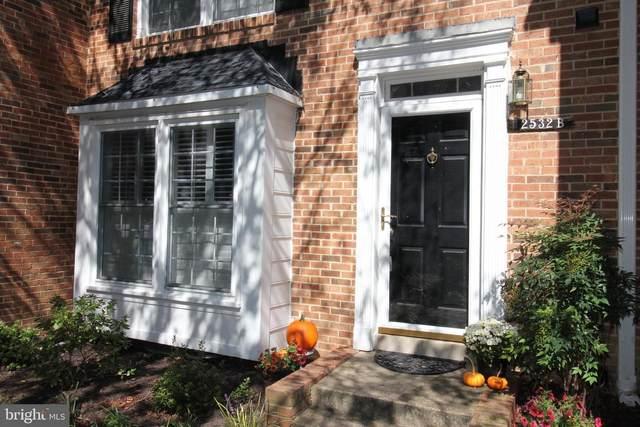2532-B S Arlington Mill Drive #2, ARLINGTON, VA 22206 (#VAAR169898) :: Debbie Dogrul Associates - Long and Foster Real Estate