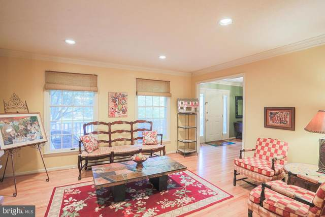 2719 Moores Valley Drive, BALTIMORE, MD 21209 (#MDBC507310) :: Lucido Agency of Keller Williams