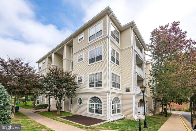 4551 Strutfield Lane #4213, ALEXANDRIA, VA 22311 (#VAAX251622) :: AJ Team Realty