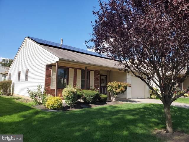 28 Cottage Ln W, COLUMBUS, NJ 08022 (#NJBL383480) :: Linda Dale Real Estate Experts