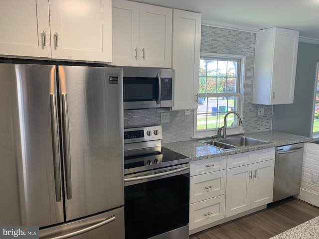 25 Vista Road, LEVITTOWN, PA 19057 (#PABU509102) :: Blackwell Real Estate