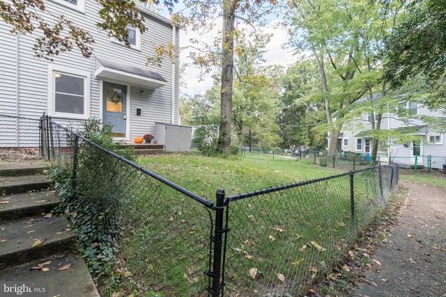 6-Y Plateau Place, GREENBELT, MD 20770 (#MDPG584234) :: The Riffle Group of Keller Williams Select Realtors
