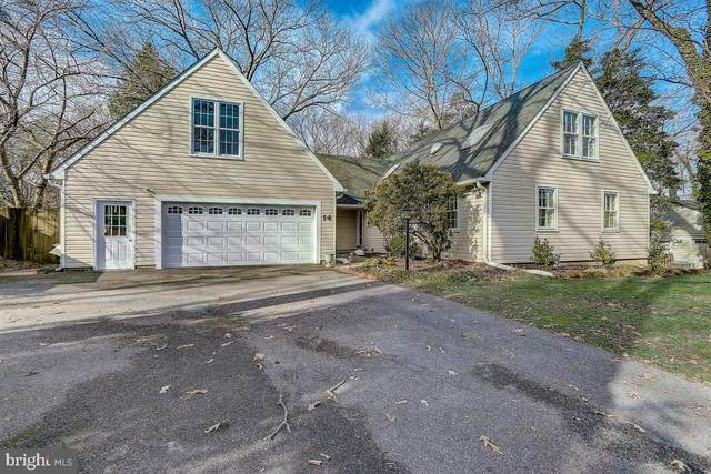 14 Saint Andrews Crossover, SEVERNA PARK, MD 21146 (#MDAA449868) :: CENTURY 21 Core Partners