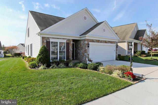 221 Clubside Drive #321, TANEYTOWN, MD 21787 (#MDCR200538) :: Network Realty Group
