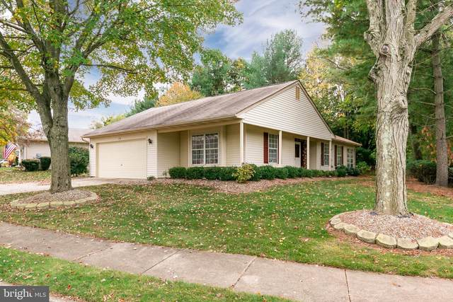 301 Hilltop Ln E, COLUMBUS, NJ 08022 (#NJBL384964) :: Linda Dale Real Estate Experts