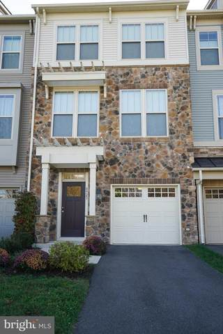 8923 Garrett Way, MANASSAS, VA 20112 (#VAPW508428) :: The Miller Team