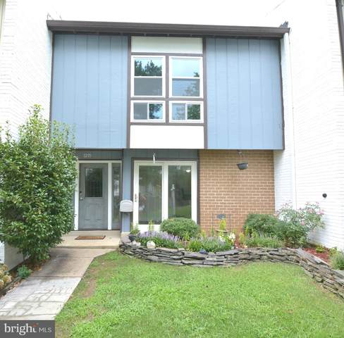 7279 Larrup Court, ALEXANDRIA, VA 22315 (#VAFX1165464) :: Great Falls Great Homes